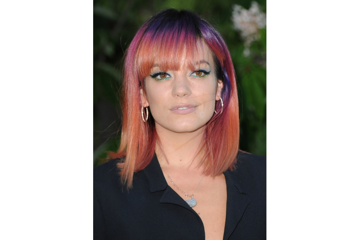 Lily Allen: un arcobaleno tra i capelli