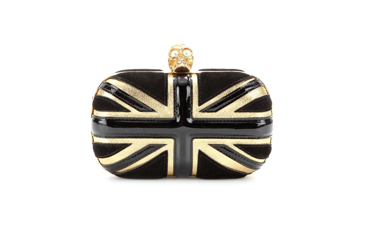 P00095745 Britannia skull embellished leather clutch STANDARD