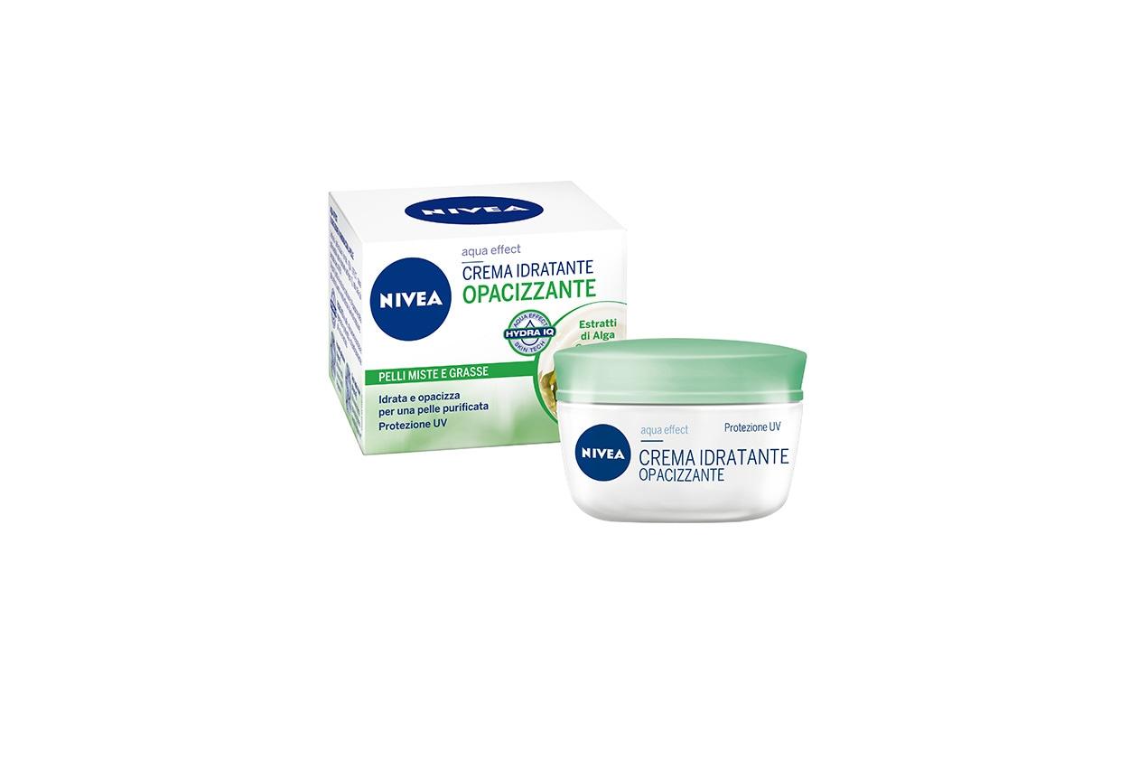 Rivitalizza la pelle grazie alla sua formula arricchita con estratti di Alga Oceanica la Crema Idratante Opacizzante di Nivea