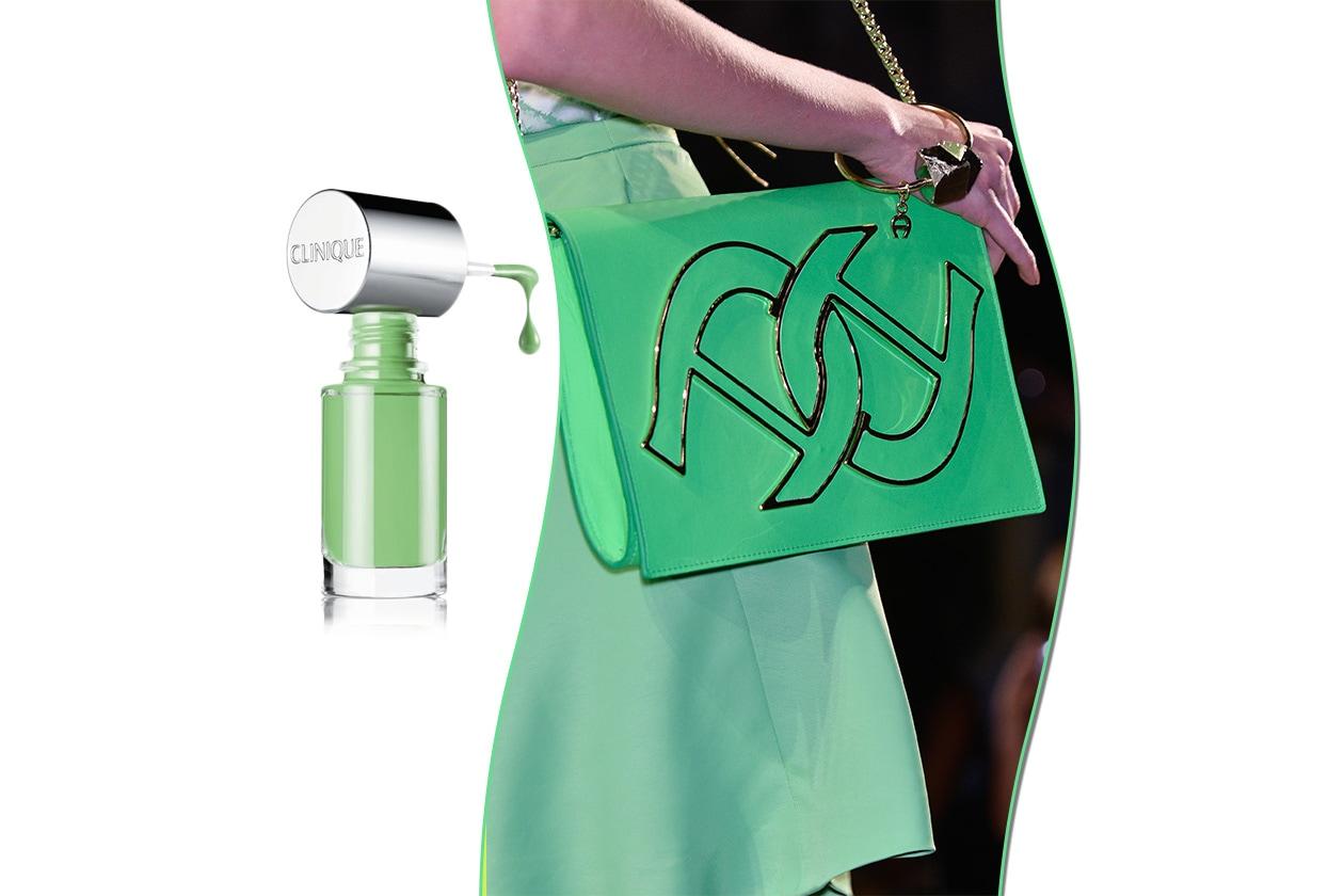 Smalti & borse all'insegna del verde con il Different Enamel n.17 in Hula Skirt di Clinique e la borsa di Aigner