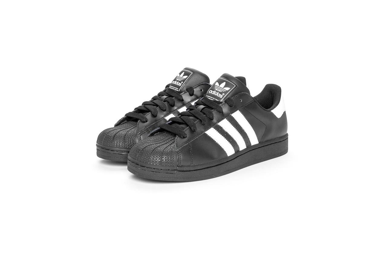 adidas superstar nere con strisce bianche