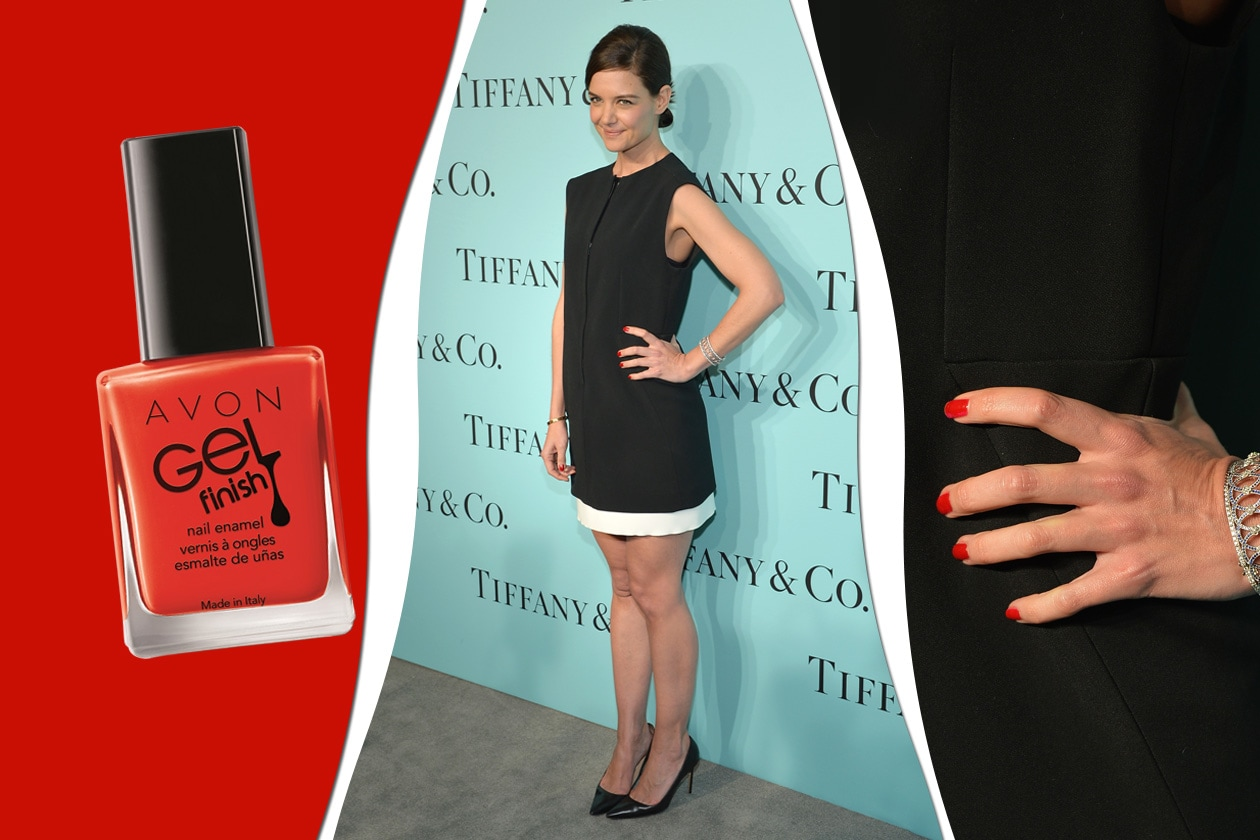 Elegante la manicure di Katie Holmes (Avon)