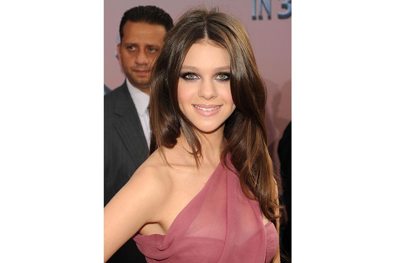 BEAUTY Nicola Peltz beauty 102555442