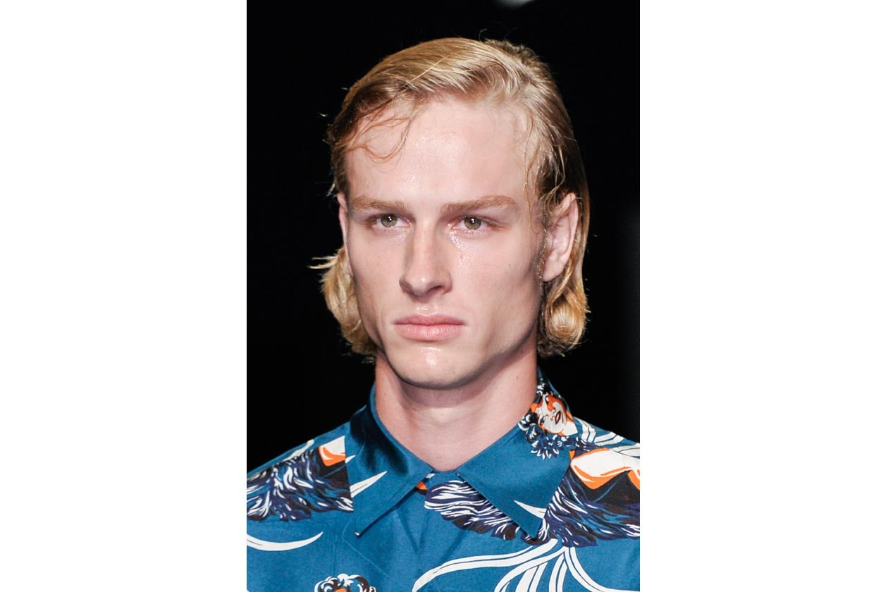 L'hair look proposto da Prada