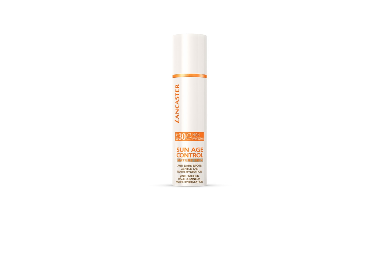 Lancaster Sun Age Control for Mature Skin – Anti-Dark Spots Gentle Tan SPF 30 è specifica per pelli mature