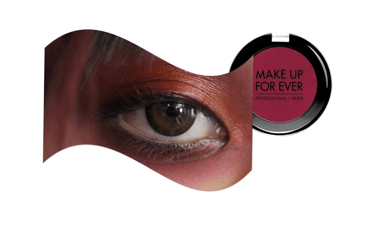 Sangria make up: Jean Paul Gaultier look e Make Up For Ever Artist Shadow Mono Framboise S-848