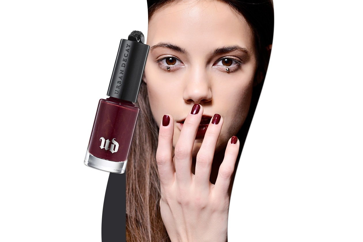 Sangria make up: MSGM nails look e Urban Decay Pulp Fiction Nail Color Mrs Mia Wallace