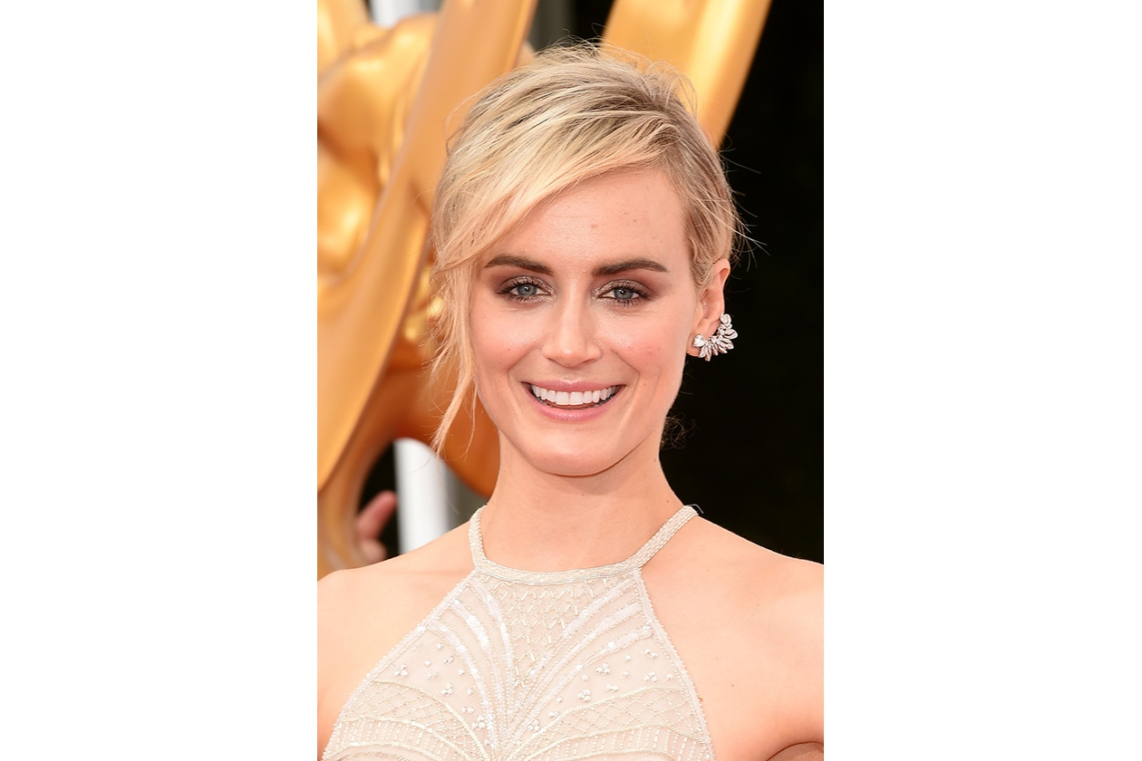Taylor Shilling: brown & gold