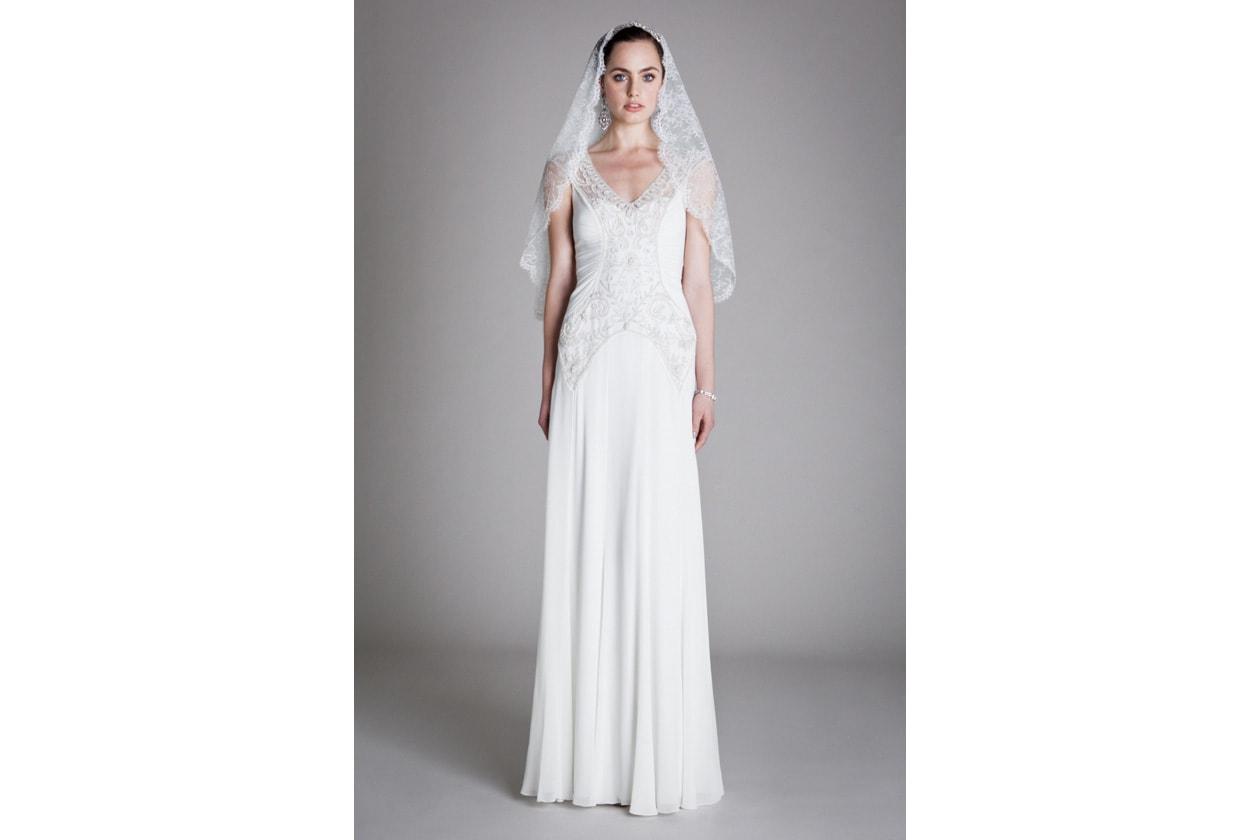 012 AUGUSTINA DRESS LACE VEIL