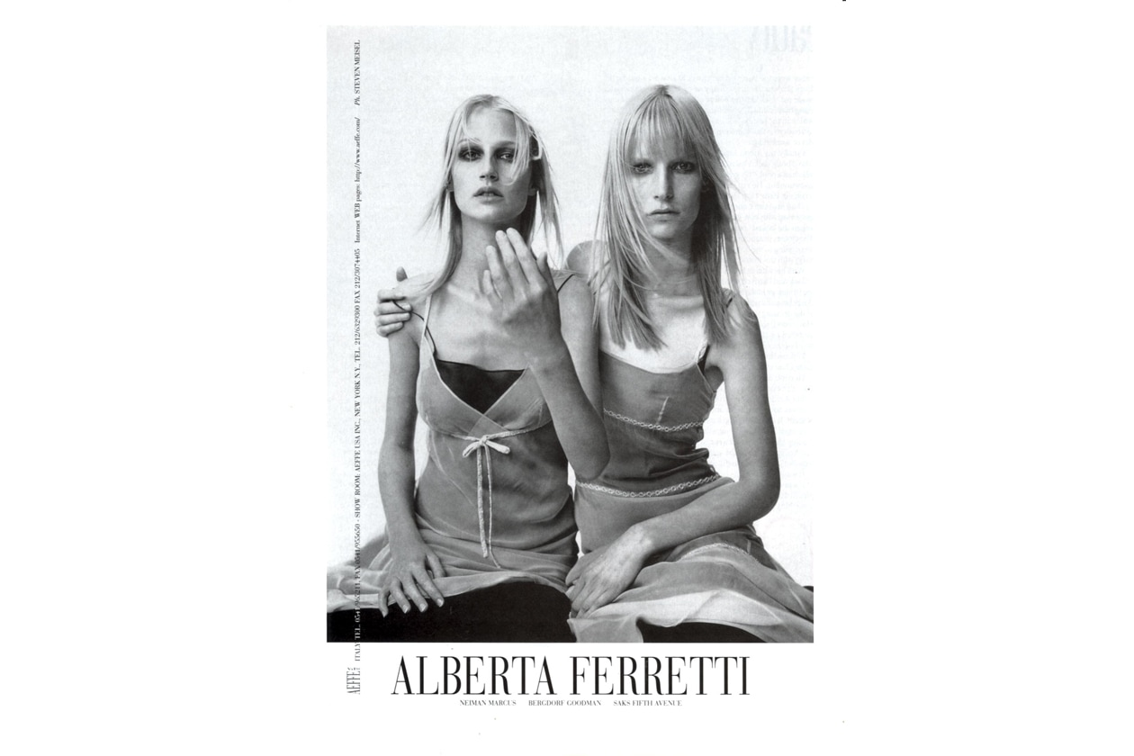 32 Photo Steven Meisel Models Esther de Jong Kirsten Owen 1