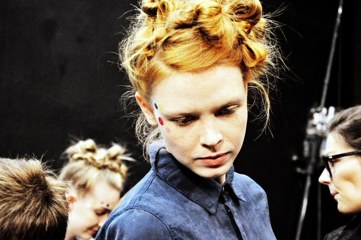 Acconciatura eccentrica: l'hair styling porta la firma di James Pecis