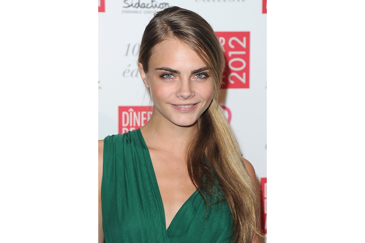 BEAUTY Cara Delevingne Capelli 137779425