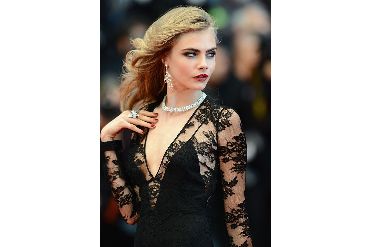 BEAUTY Cara Delevingne Capelli 168815738