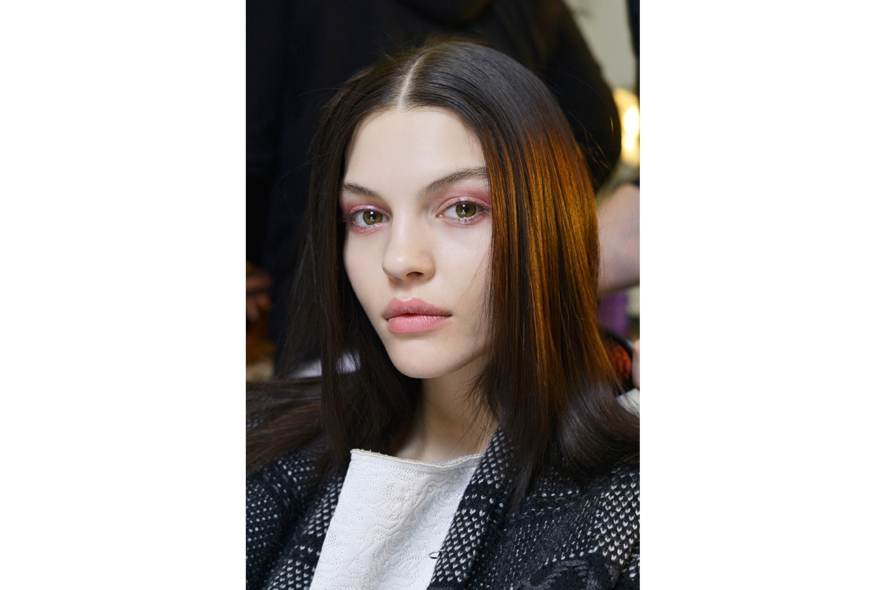 Beauty sfumature rosso make up occhi AI Suno bbt W F14 N 003