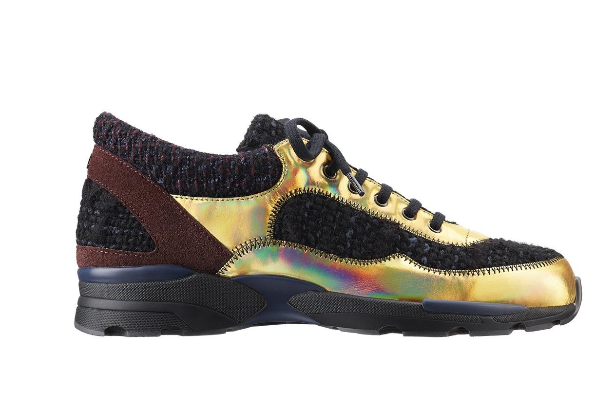 Black tweed, leather and rubber sneaker Basket noire en tweed, cuir et caoutchouc