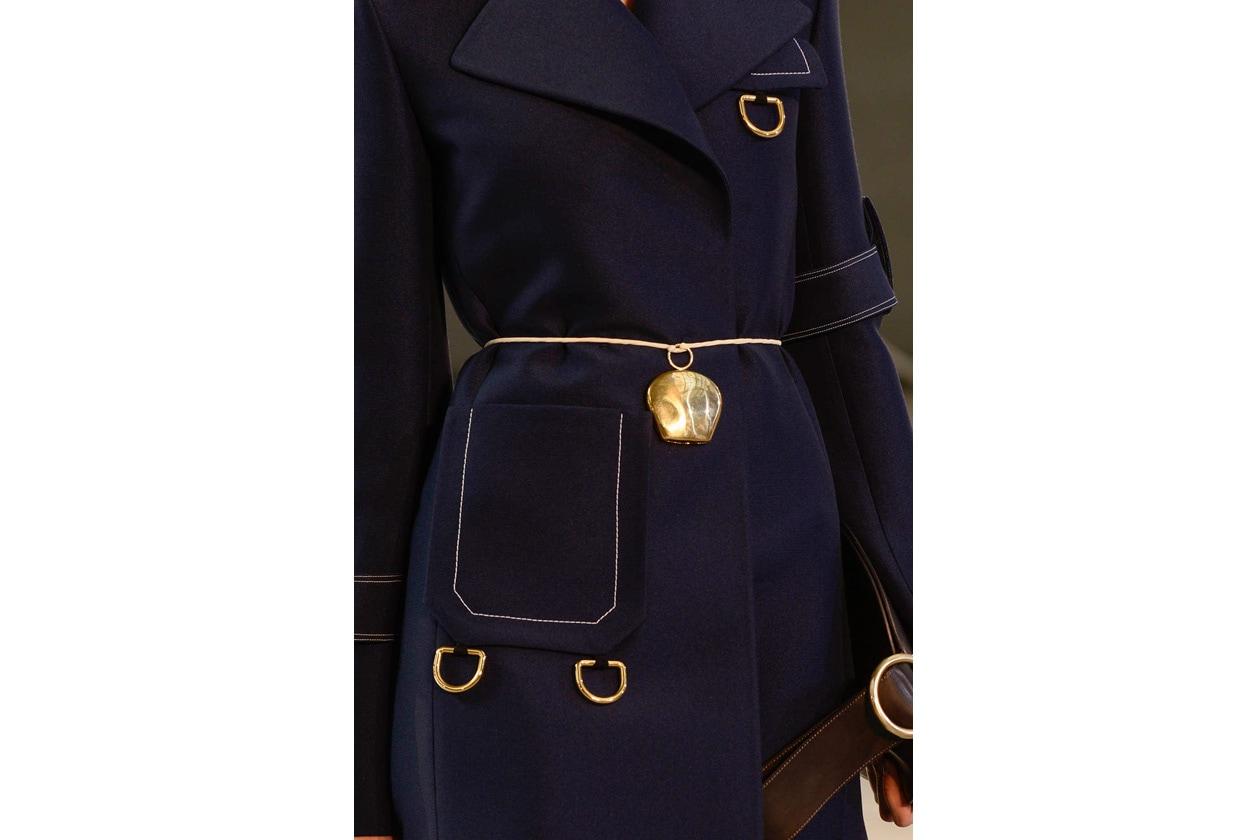 Cintura sottile con campana