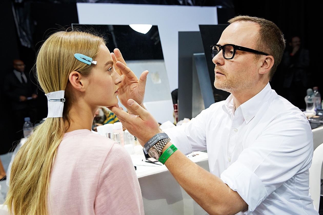 Dior Prêt-à-porter Spring-Summer 2015: Peter Philips al trucco delle modelle