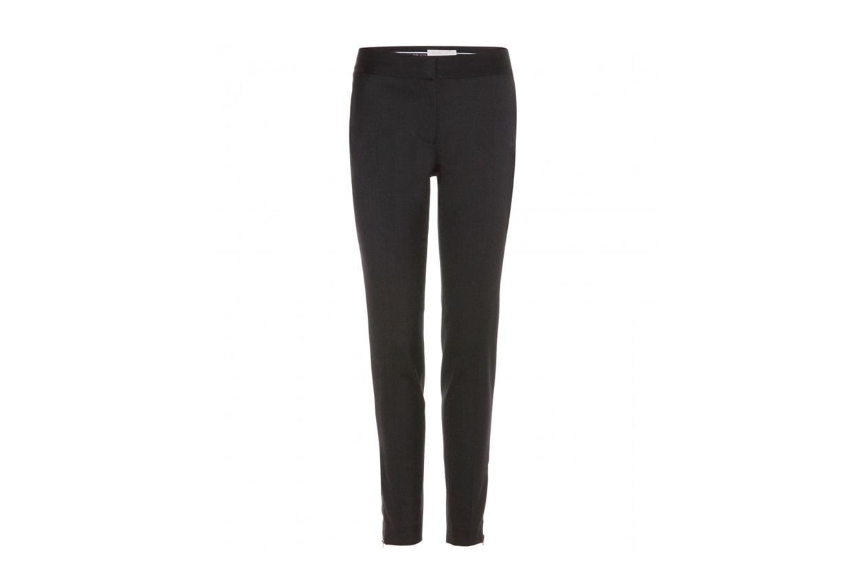 I pantaloni sono di Stella Mc Cartney