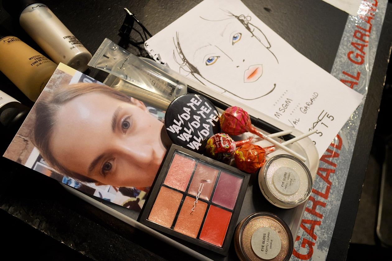 I prodotti usati per il make e l'ispirazione candy girl