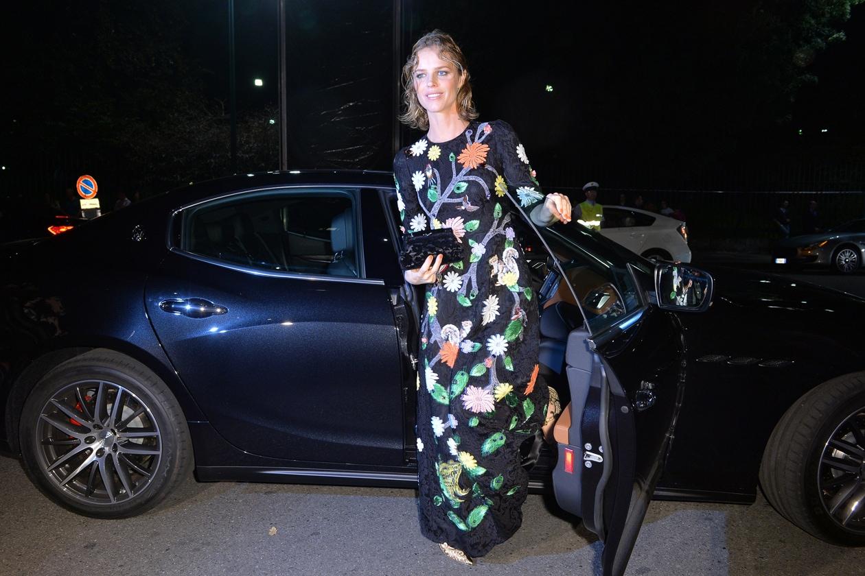 """Maserati partner ufficiale della mostra """"Vogue Archive Celebrating 50th Anniversary of Fashion"""" Eva Herzigova (2)"""