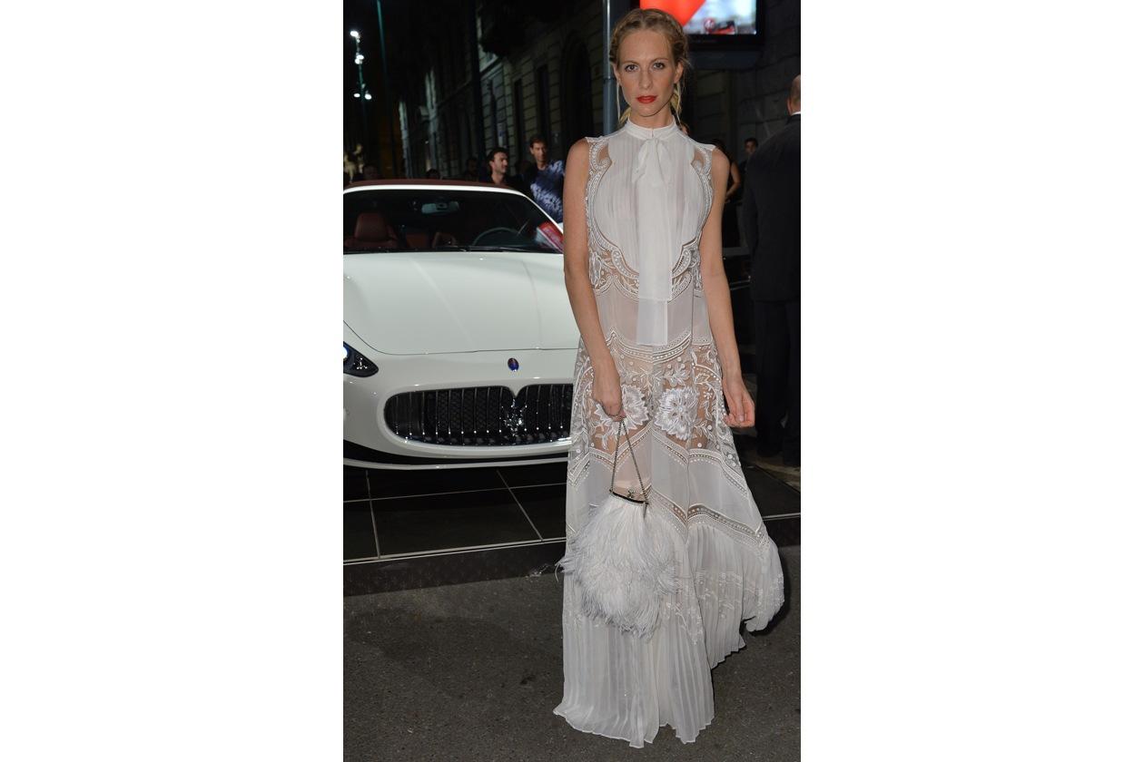 """Maserati partner ufficiale della mostra """"Vogue Archive Celebrating 50th Anniversary of Fashion"""" Poppy Delevingne"""