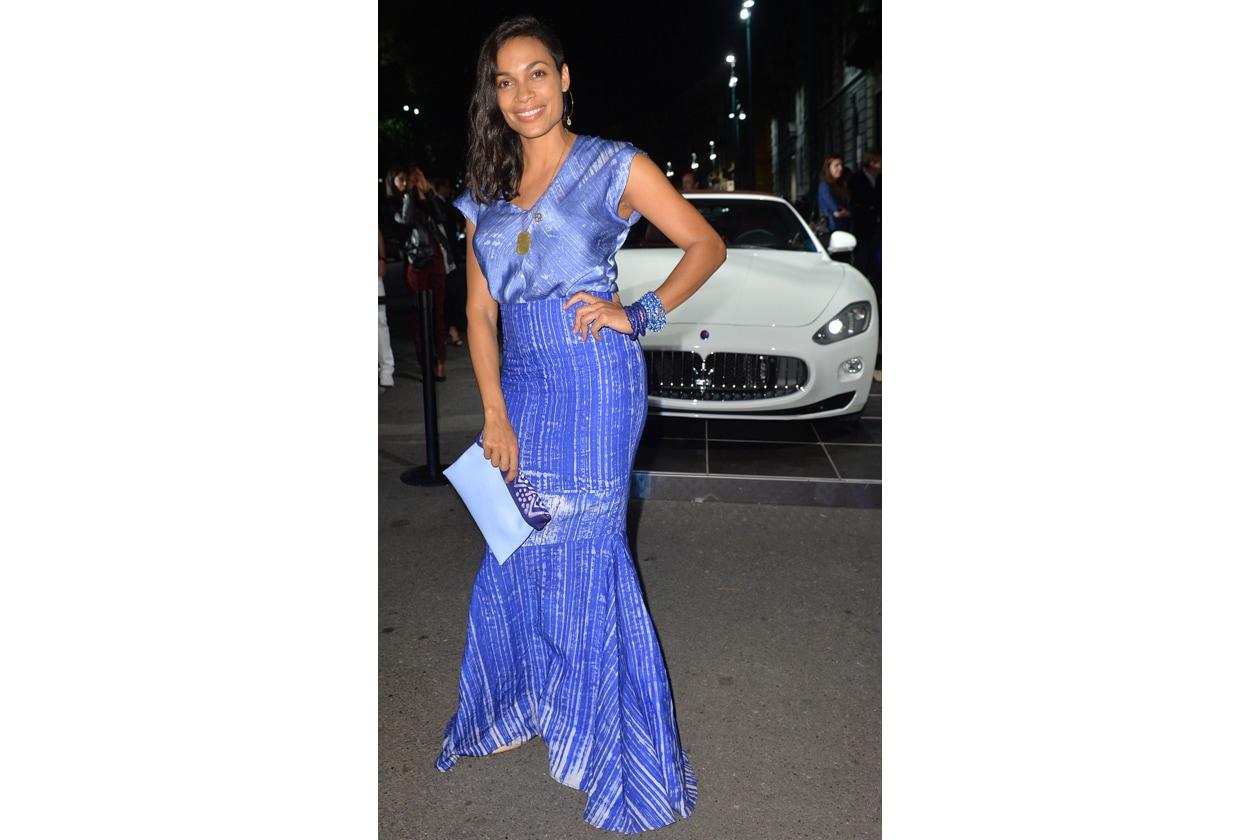 """Maserati partner ufficiale della mostra """"Vogue Archive Celebrating 50th Anniversary of Fashion"""" Rosario Dawson"""