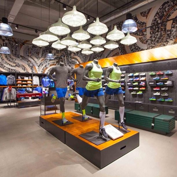 Nike apre il nuovo store di via Torino