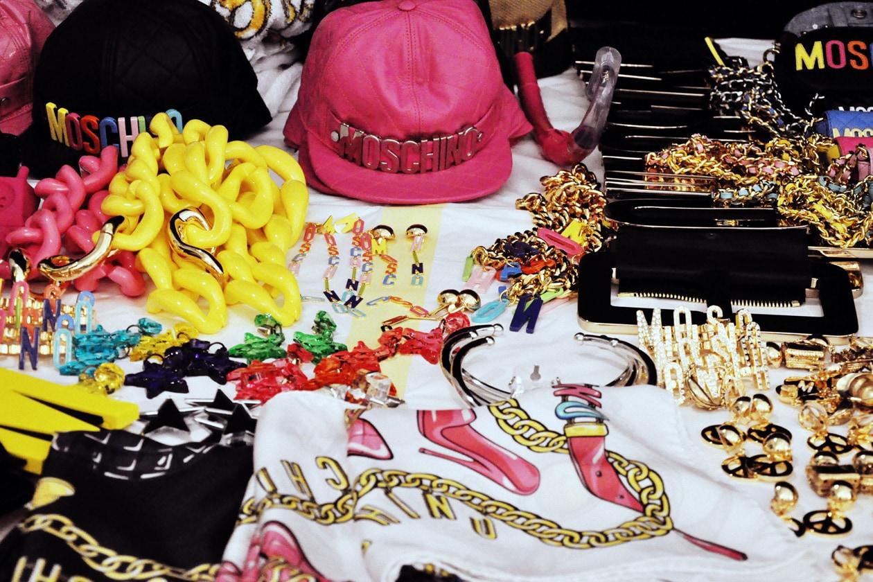 Tutti gli accessori by Moschino