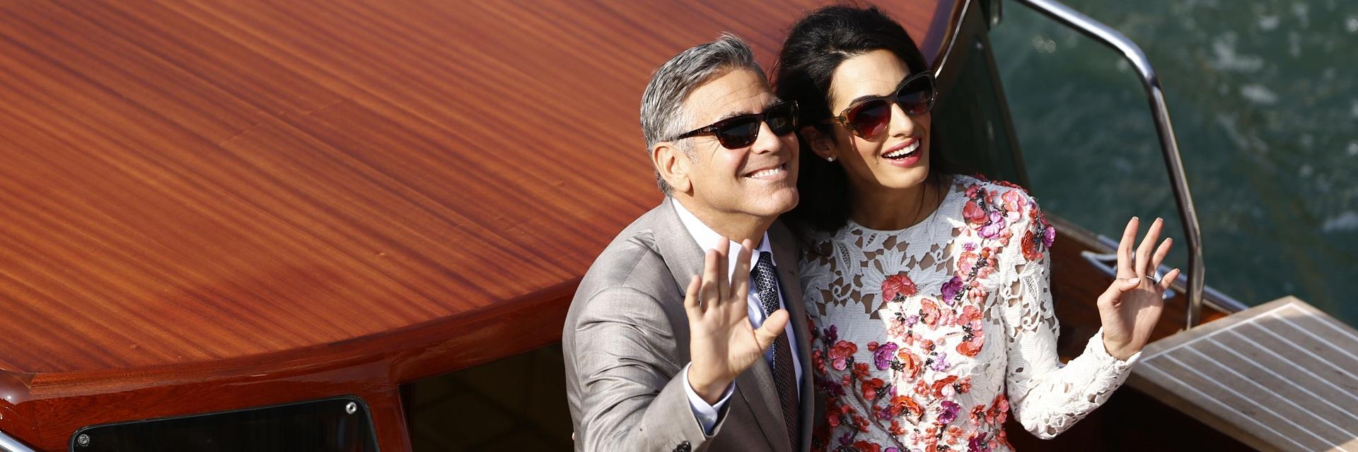 Amal Alamuddin si è sposata in Oscar de La Renta