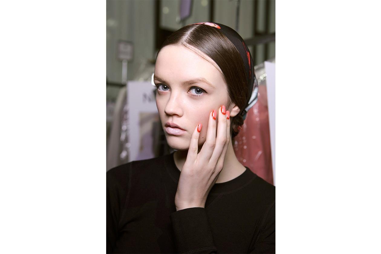 Beauty Gallery Recap Nailart AI half moon Honor nls W F14 N 004