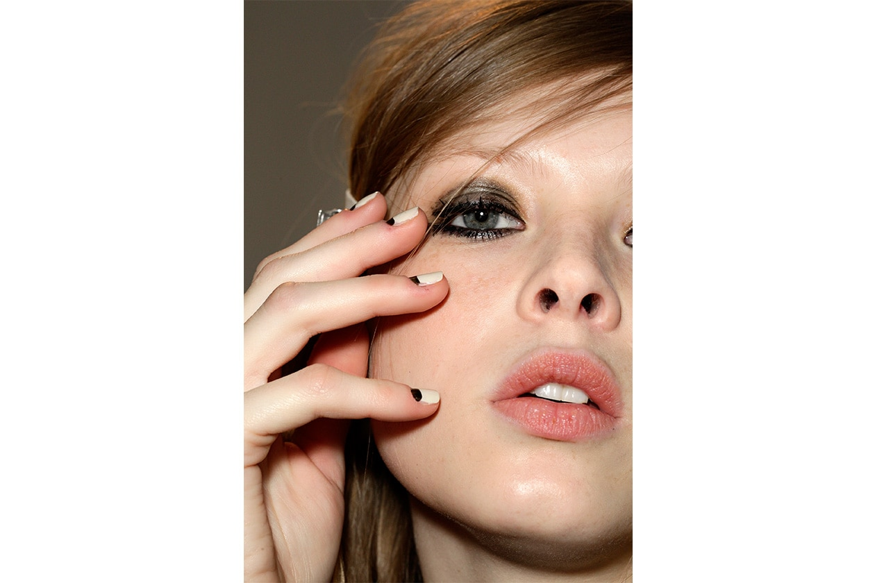 Beauty Gallery Recap Nailart AI half moon Peter Som nls W F14 N 001