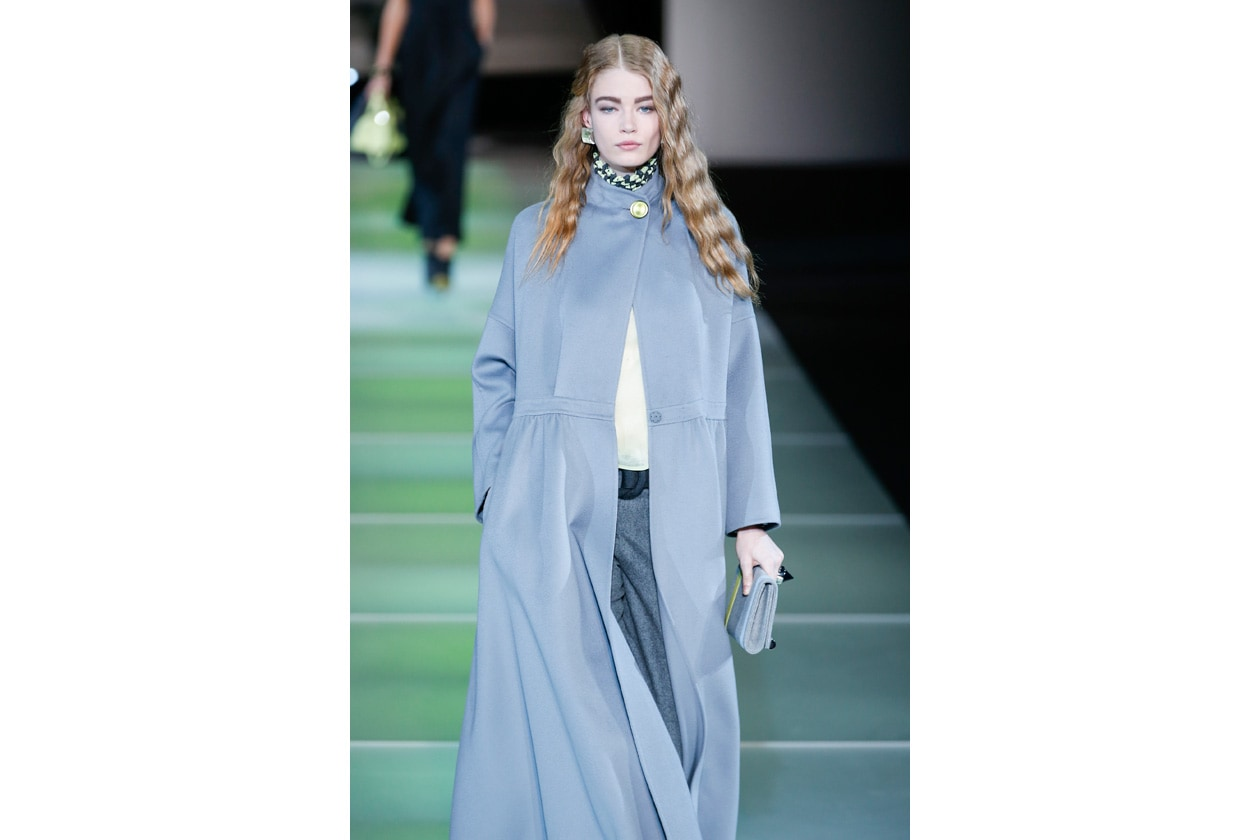 Fade to Grey è il nuovo look legato alla cromaicità della sfilata Giorgio Armani autunno/inverno 2014-15