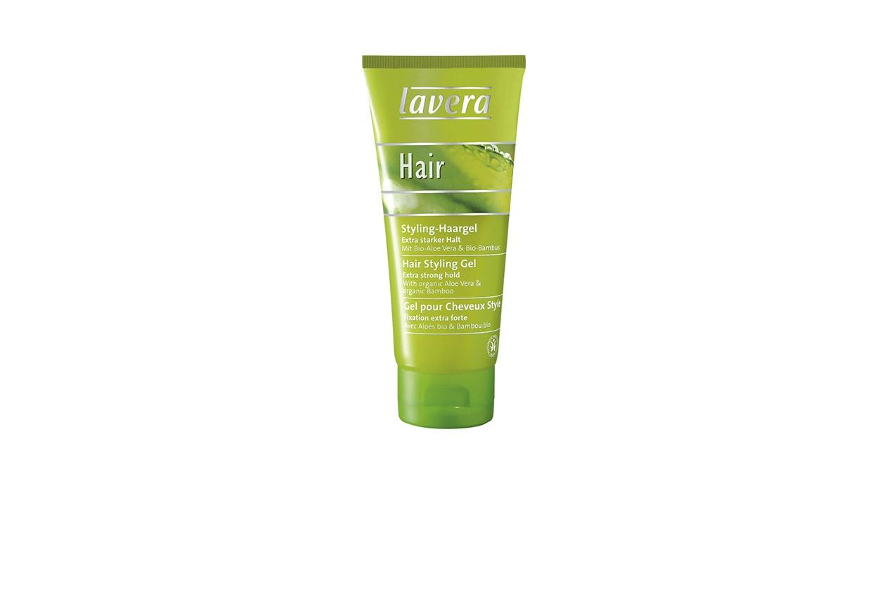 L'Hair Styling Gel di Lavera è un gel a tenuta forte ed è adatto per capelli sia lunghi sia corti