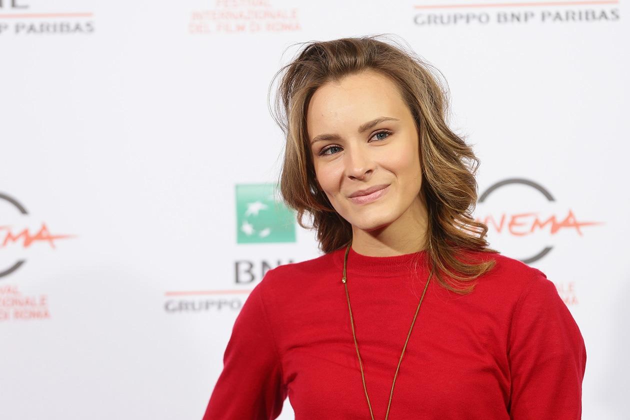 Maria Roveran: beauty look satinato