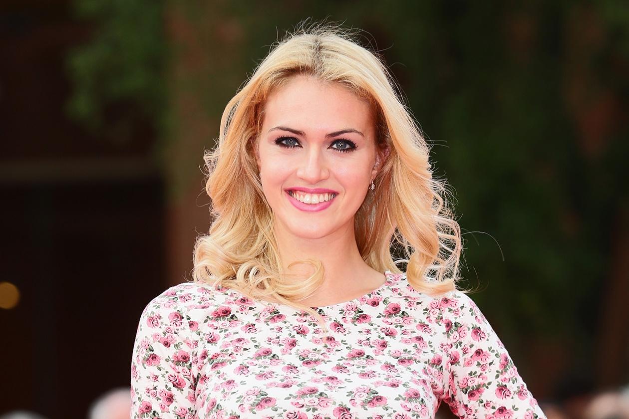 Sofia Bruscoli: rosy lips