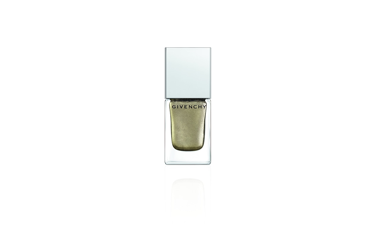 Super scintillante Le Vernis Intense Color Nail Lacquer in Bronze Insense di Givenchy