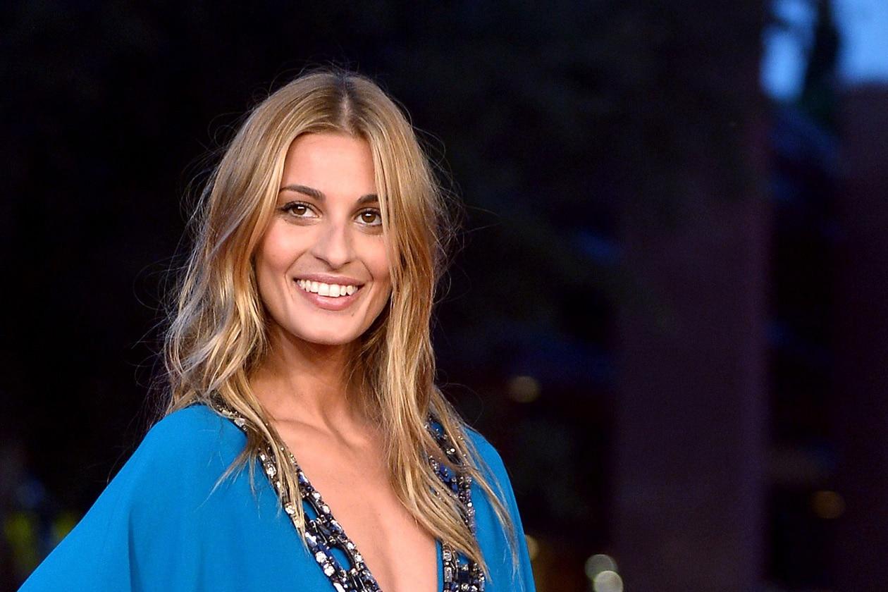 Sveva Alviti: radiant beauty look