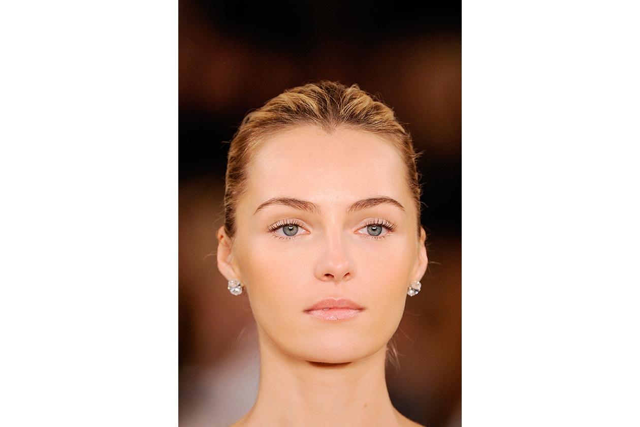 Trucco sposa: finiture satinate per il maquillage