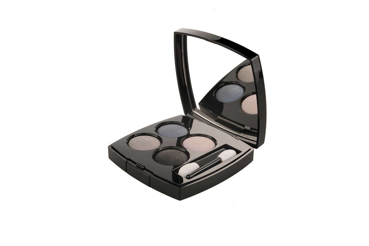 LES 4 OMBRES IN TISSE RIVIERA BY CHANEL