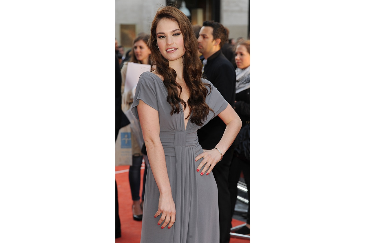 3 Beauty Lily James Make Up 145893214 10