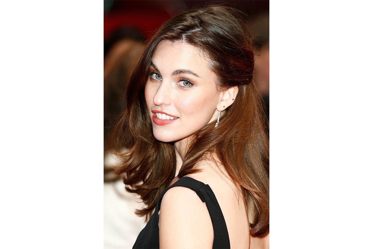 beauty margaret qualley beauty look 468675349 10