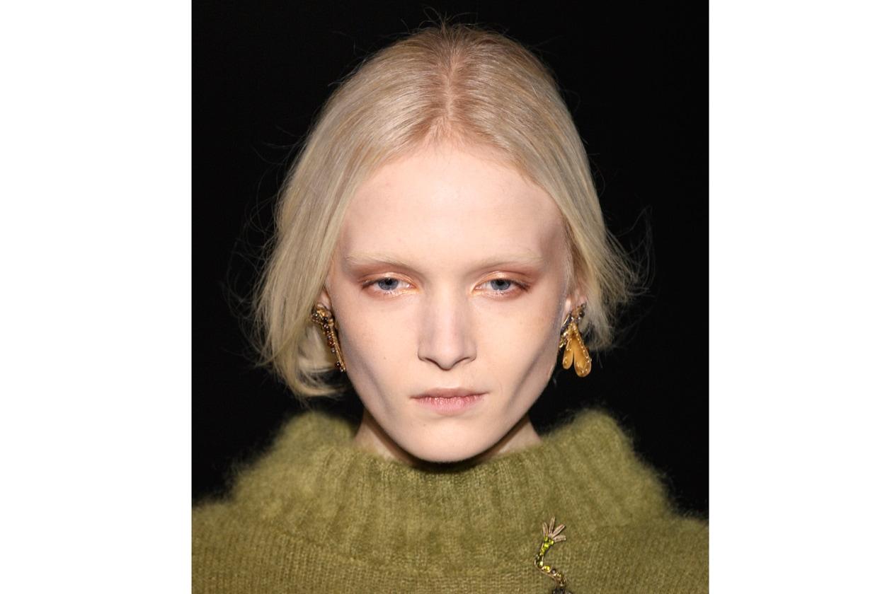 Alberta Ferretti: pale skin