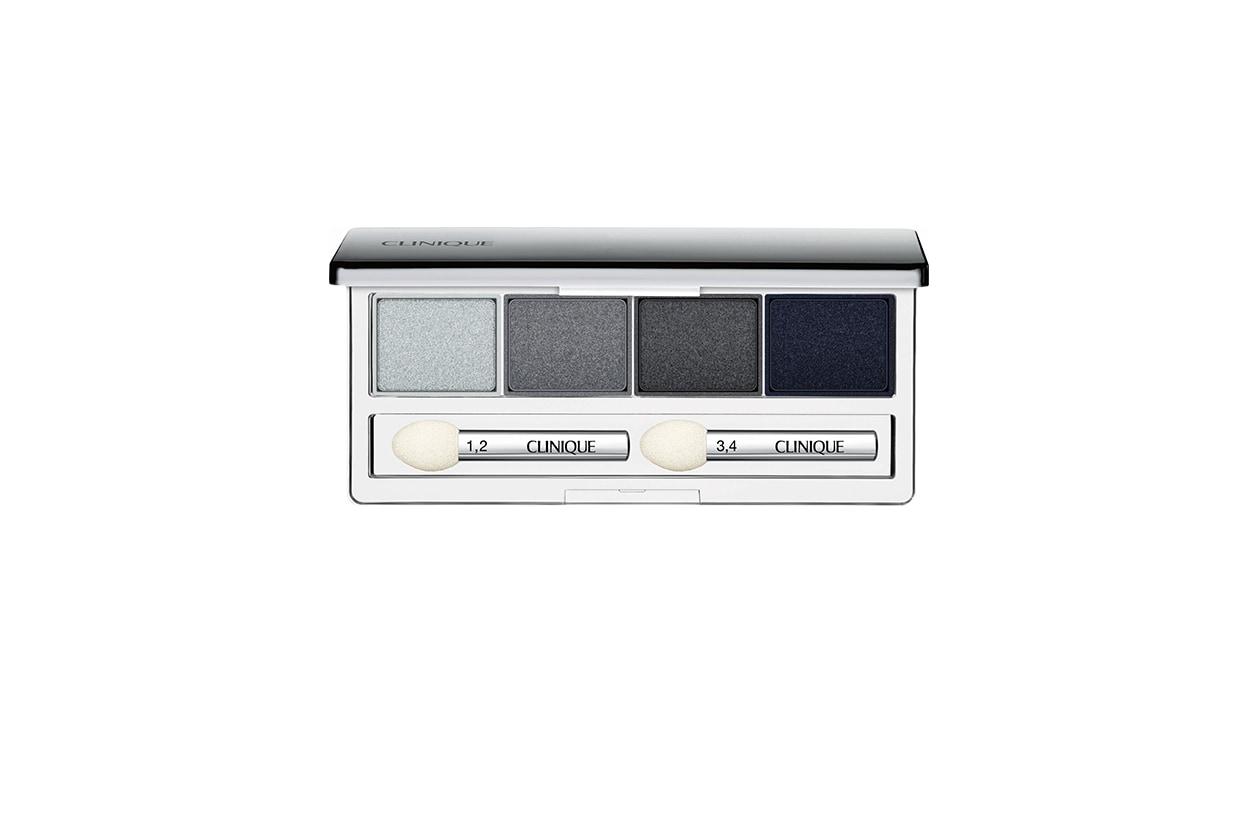 BEAUTY OCCHI DI GHIACCIO Make up occhi argento Clinique All About Shadow Quad 09 Smoke and Mirrors