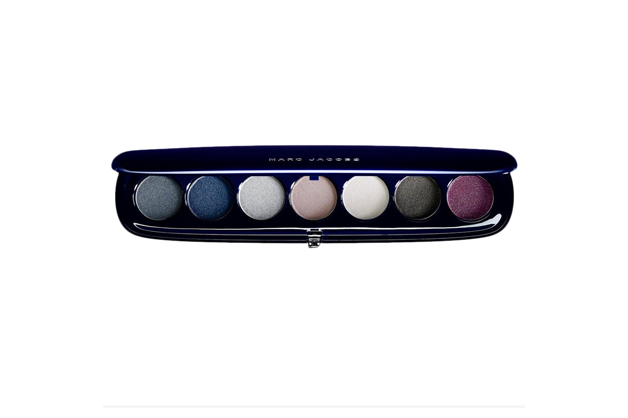BEAUTY OCCHI DI GHIACCIO Make up occhi argento Marc Jacobs Beauty Style Eye Con 7 The Parisienne.jpg
