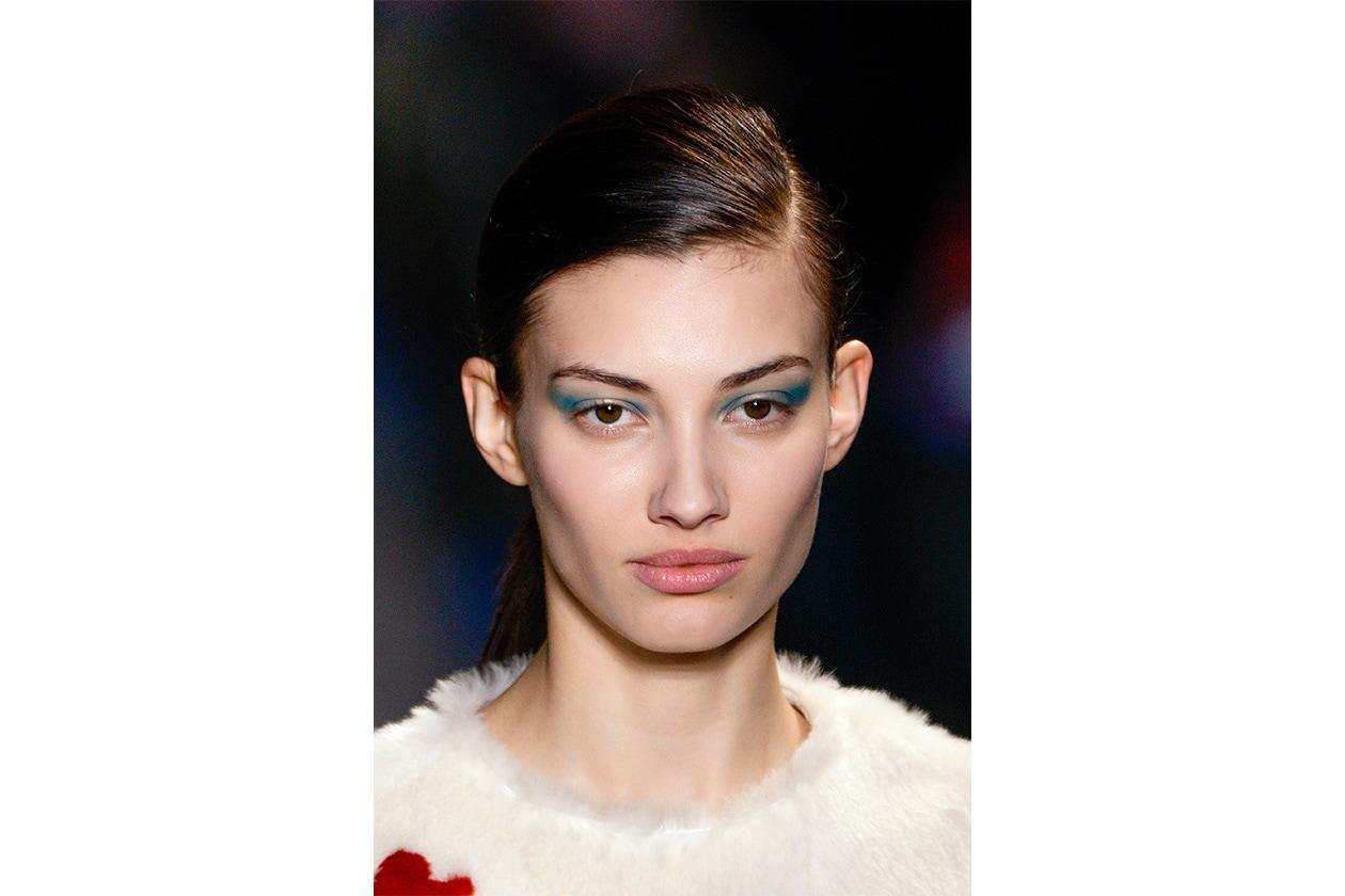 BEAUTY OCCHI DI GHIACCIO Make up occhi azzurro sfilata Jean Charles Castelbajac bty W F14 P 012
