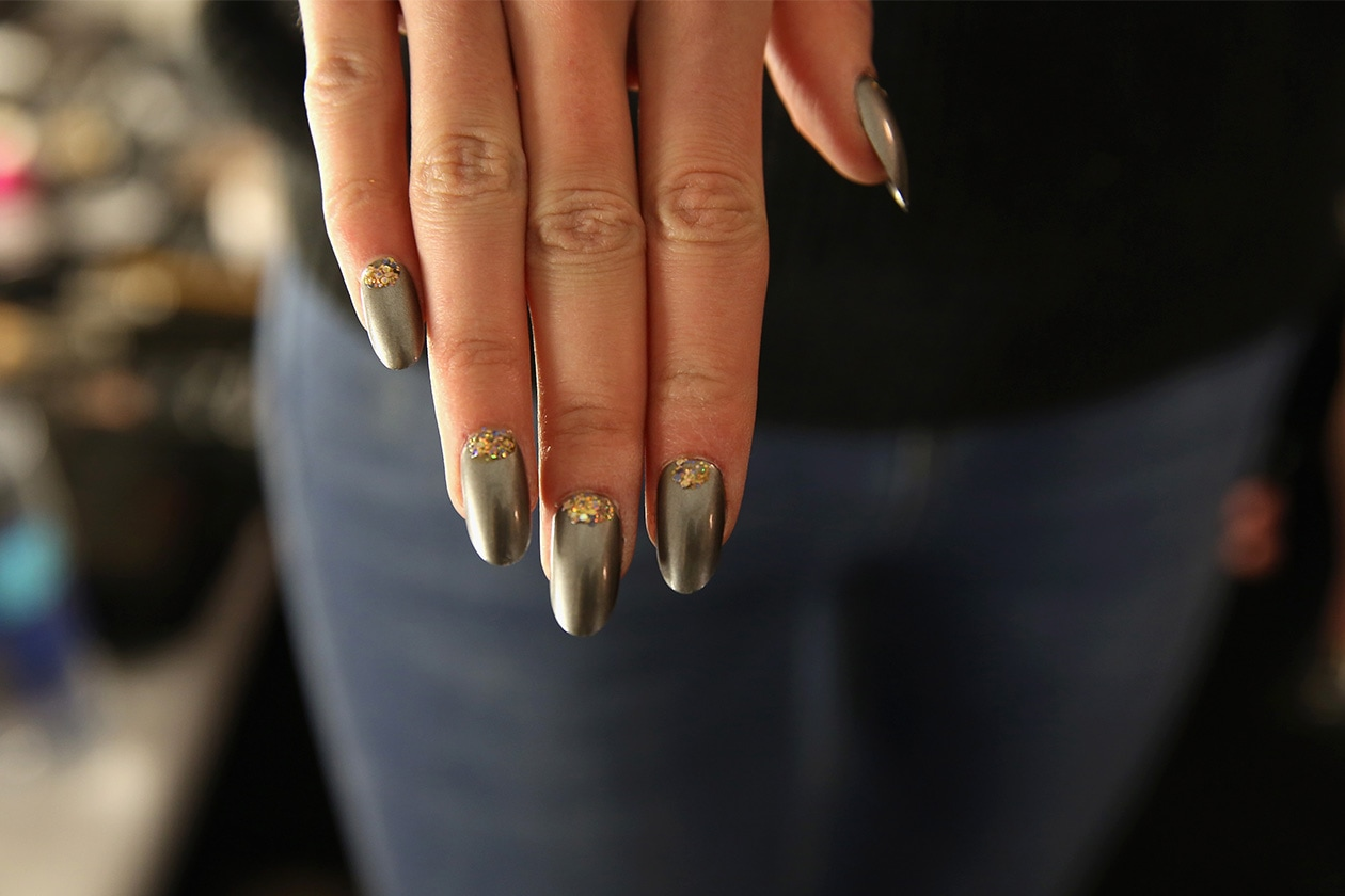 Beauty Gold Accents Nailart 468649723 10 Copia