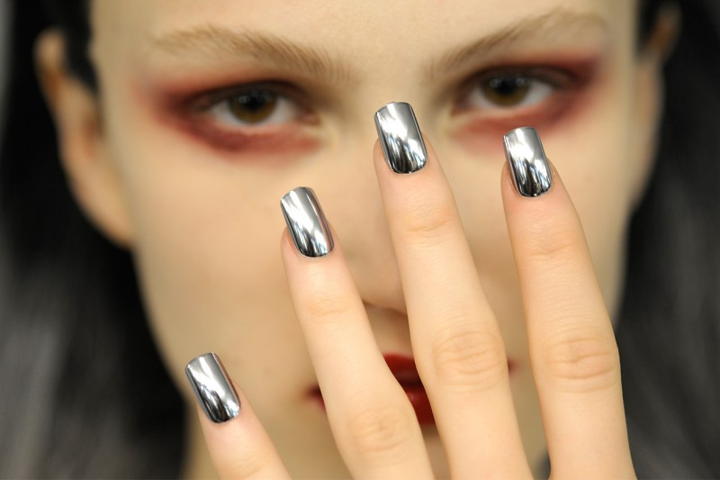 Beauty NAIL TREND A I 2014 14 Jean Paul Gaultier nls HC F14 P 002