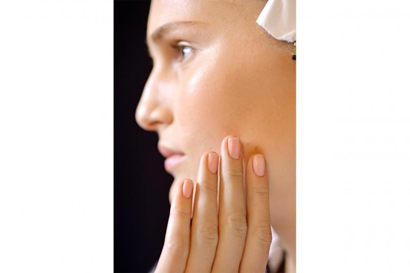 Beauty NAIL TREND A I 2014 14 Monique Lhuillier nls W F14 N 003