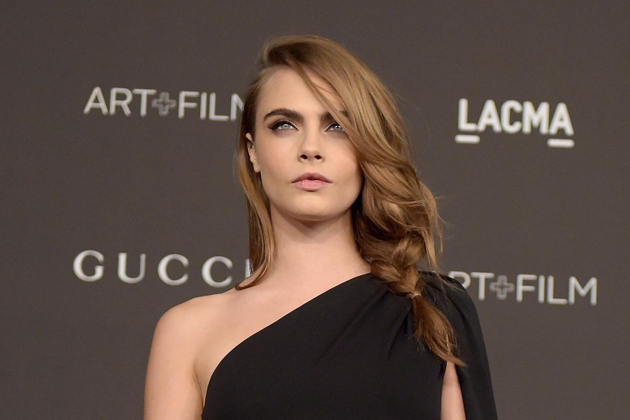 Cara Delevingne capelli castani: nuovo hair look per la top model