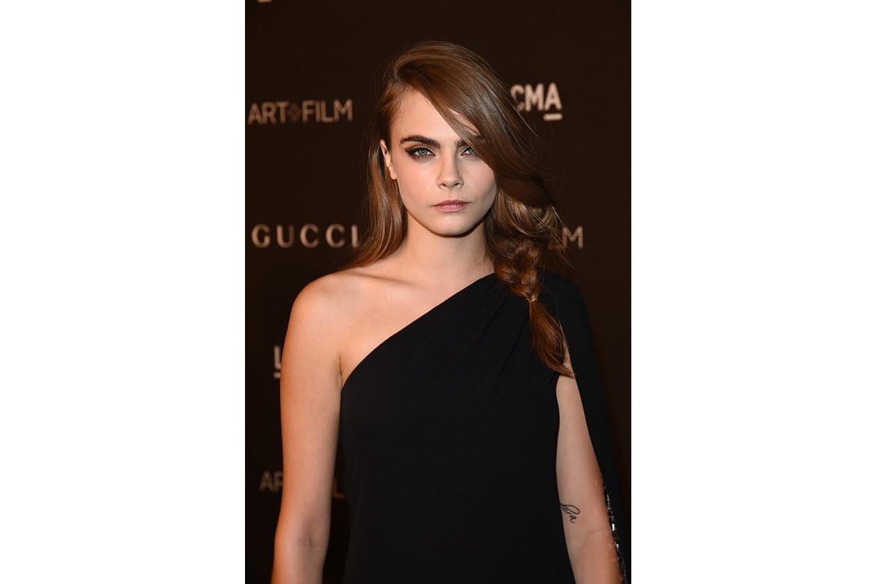 Cara Delevingne capelli castani: warm look